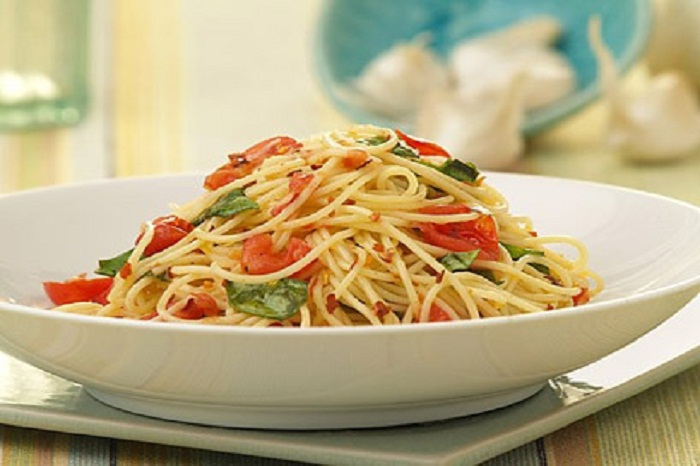 Barilla Angel Hair With Cherry Tomatoes And Basil